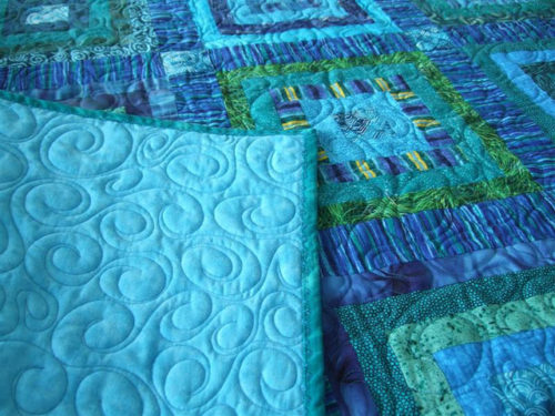 over-all-swirl-quilting-blue-donation-quilt